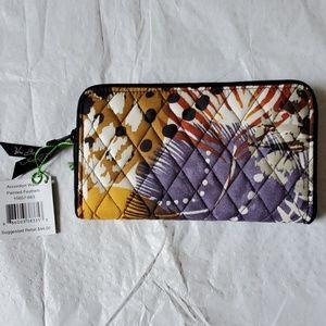 New Vera Bradley Wallet